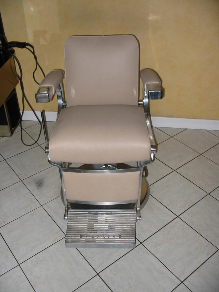 R paration fauteuil de coiffeur - Reparation salon cuir ...